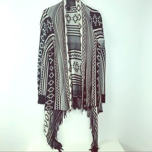 Forever 21 tribal black white open cardigan OS
